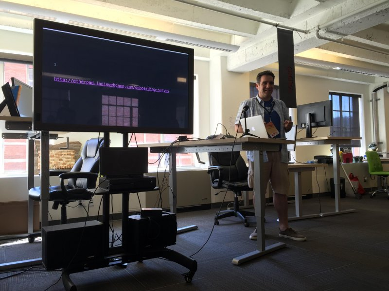 Jim @jimpick surveyed most attendees to figure out consensus on #indieweb best practices.