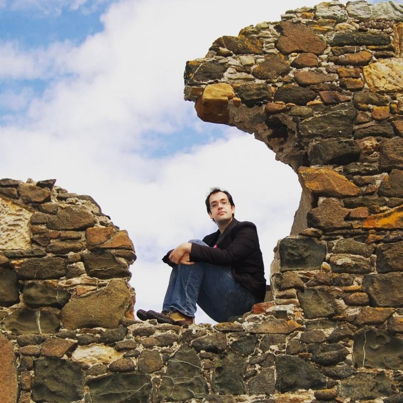 #tbt Finding a seat in a piece of wall on Cramond Island. This feels like yesterday to me, but was pretty much a million years ago. Crazy to think how much has changed in seven years.